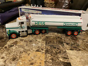 1990 Hess Toy Tanker Truck With Lights