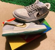 Nike Sb Dunk Low X Sean Cliver Holiday Special Dc9936-100 Size 10.5 Shipping Fre