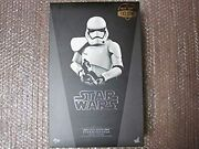 Hot Toys Movie Masterpiece First Order Stormtrooper Squad Leader Mms316 Limited