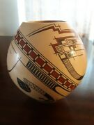 Juan Quezada Hand Formed Olla.9.5h X 9w. Provinance Incl. W/pic Of Juan Making