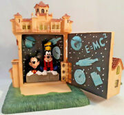 Disney Tower Of Terror W/mickey Mouse And Goofy Figurine/boxexcellent Used Cond