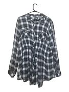 Torrid Size 2 Plus Size Clothing Black And White Button Flannel Long Sleeve Top