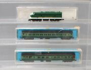 Rivarossi/life Like N Scale Southern Diesel Locomotive And Passenger Cars 3 Ex