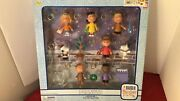 Memory Lane Peanuts A Charlie Brown Christmas Mini Figure Clip-on Collection Fs