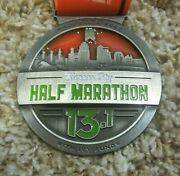 Waddell And Reed With Ivy Funds Kansas City Half Marathon 13.1 K, 2012, Medal