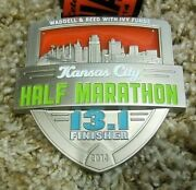 Waddell And Reed With Ivy Funds Kansas City Half Marathon 13.1 K, 2014, Medal