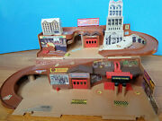 Vintage 1979 Mattel Hot Wheels City Sto And Go Play Set Toy For Diecast Cars
