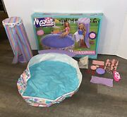 Vintage Maxie Pool And Cabana Playset For 11 Barbie Type Dolls With Box