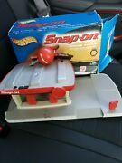 Hot Wheels Snap On Service Station Playset Vhtf Opened