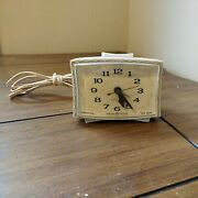 Vintage General Electric Lighted Dial View Alarm Clock Made In Usa 7317 K