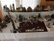 Christmas Village - Mostly Lemax Over 200 Pieces-moving Can't Take It With Me