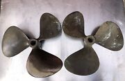 Bronze Boat Propellers Right And Left 19 X 21 Hh 7037 1 1/4andrdquo Bore Good Condition.