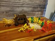 Vintage Tim Mee Toy Processed Plastic Stagecoach Cowboys And Indians Playset 7665
