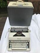 1964 Turquoise Logo Olympia Deluxe Sm8 Portable Typewriter With Case Pica 10 Pt