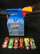 Hot Wheels Track Builder Display Launcher Carrying Case With Six Cars