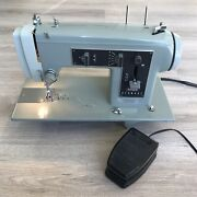 Vintage Sears Kenmore Sewing Machine W/ Foot Pedal Model 158.331 -tested.