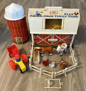Vtg Fisher Price Little People Play Family Farm Barn And Silo 915 Not Complete