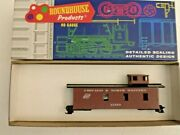 Ho Scale Roundhouse Chicago And Northwestern 3 Window Caboose 11369 Vintage