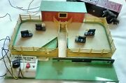 American Flyer Stock Yard 771 And Missouri Cattle Car 976 And Cattle Not Tested