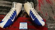 Beckett Certified Autographed Barry Sanders Cleats