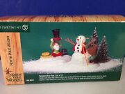 Dept 56 North Pole Woods Tailored For You Set Of 2 56.56921 Brand New