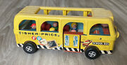 Vintage Fisher Price Little People Safety School Bus 990 With 5 Wooden People