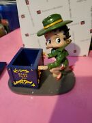 Betty Boop Collectable Porcelain Limited Figure - Betty Boop Safe Co