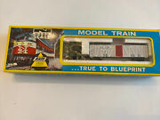 Ahm Minitrains N Scale New Old Stock - 50and039 Stock Cars-4444 Np And 4445 Soo