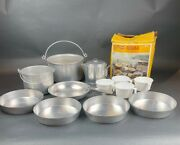 Vintage Mirro Aluminum 13pc Compact Cooking Camp Set M-4311 Service For 4