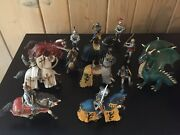 Lot Of 16 Schleich Figures - 6 Horses 9 Soldiers Knights And 1 Dragon