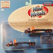 Classic Metal Works N Scale Roadway Ih' R-190 Tractor/32' Flatbed Trailer Set