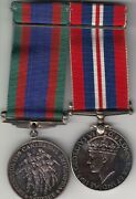 Lot Of 2 Canadian Ww2 Silver Medals - Volunteer And General Service Medals