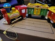 1973 Vintage Fisher Price Little People Circus Train Play Family W/ Animals 991