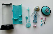Monster High Dead Tired Hydration Station Playset And Lagoona Blue Doll Rare
