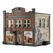 Woodland Scenics N Scale Records And Recruiting Building Built And Ready