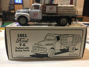 Ford F-6 Flatbed Stake Truck 1951 Illini Fs Seed Corn 1/34 Scale By First Gear