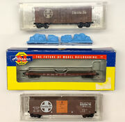 N Scale Santa Fe Freight Car Lot With Knuckle Couplers. Lot 22