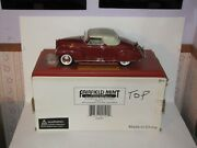 1939 Lincoln Zephyr Signature Models 1/18th Scale Fairfield Mint 18102 Coin