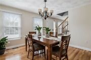 Ethan Allen Dinning Room Table With 6 Ethan Allen Chairs And 2 Leafs Tango Brown