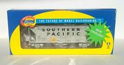 Athearn Southern Pacific 40and039 2600 Cf Airslide Hopper Car Sp 403025 Ath87534