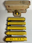 Lionel Prewar City Of Portland Yellow Banana 752w With 4 Passengers Cars O Scale
