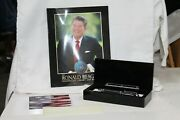 Ronal Reagan Museum Signature Pen Set/paper Weight/book Presidential Library