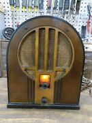 1934 Philco 84b Cathedral Tube Radio Baby Grand Wooden Early Version Powers Up