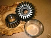 Omc Pinion Gear Bearing And Race 979925 Vintage Nla Nos