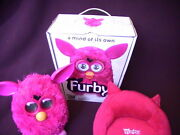 Hasbro Furby Hot Pink 2012 Collectible Box/sofa Excellent Cond. 30 Day Warranty