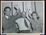 Original July 8 1941 Billy Conn Wife And Mike Jacobs 7 X 9 Boxing Wire Photo