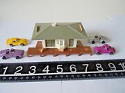 Vtg Plasticville Train Station And 4 Diecast Cars, Ho, Pre-owned Inventory 1508