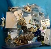 1000 Piece Costume Jewlry Mixed Lot. Ntw And Ventage