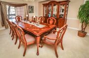 Moving Sale Thomasville 10 Piece Dining Room Set. Excellent Condition