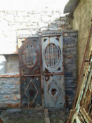 Awsome Antique Iron Gate With Two Doors